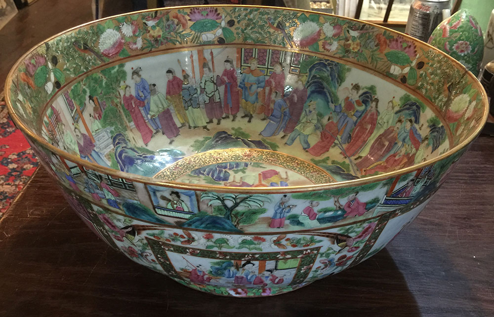 Large 16″ Chinese Mandarin Punch Bowl C. 1840